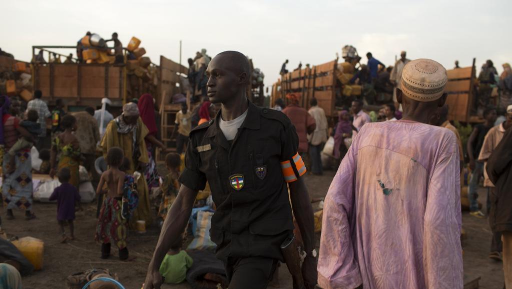 Les salaires des policiers et gendarmes centrafricains seront pris en charge par le Pnud et ceux des fonctionnaires par la Banque mondiale.