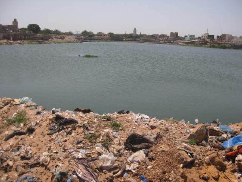 Guédiawaye : le cadavre d'une femme découvert dans le bassin de rétention secoue Médina Gounass