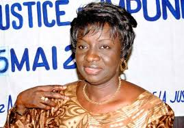 """Mimi Touré sur le sondage classant Karim Wade derrière Macky à la présidentielle 2017: """"Tout est bon pour essayer  de retourner la situation mais..."""""""