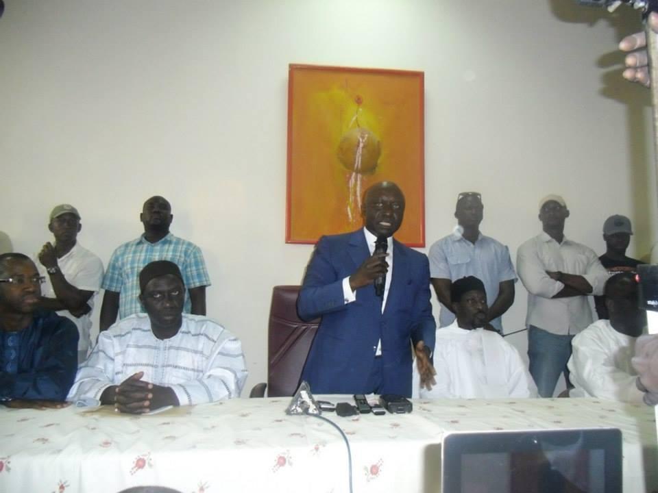 """Violences à l'ucad : Idrissa Seck """"Il est inadmissible que les forces de l'ordre massacrent nos enfants dans les campus universitaires"""""""