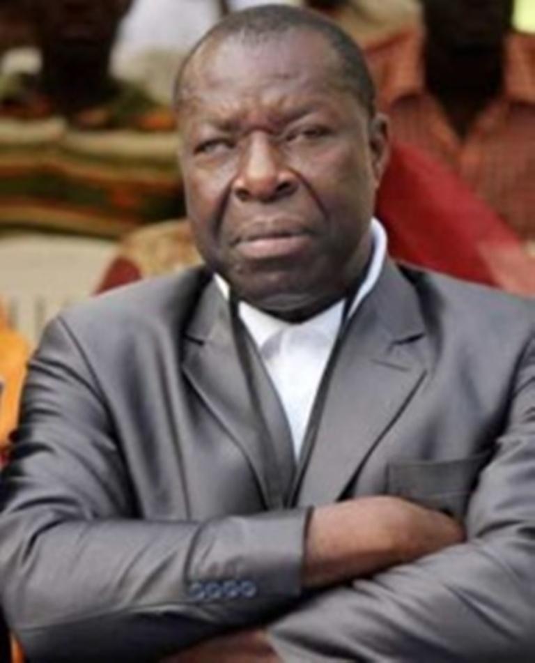 Le Professeur Oumar Sankharé présente ses excuses