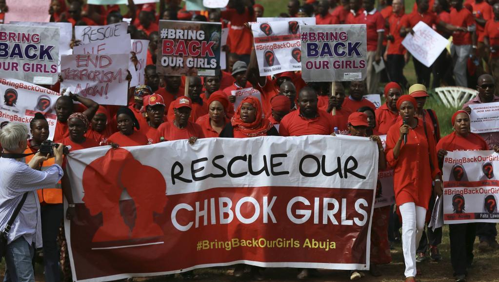 L'armée nigériane affirme savoir où sont les lycéennes enlevées