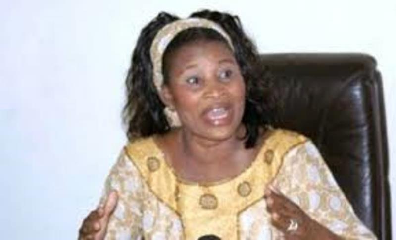 PS-Secrétaire général : Aïssata Tall Sall parle de « forfaiture » et retire son nom