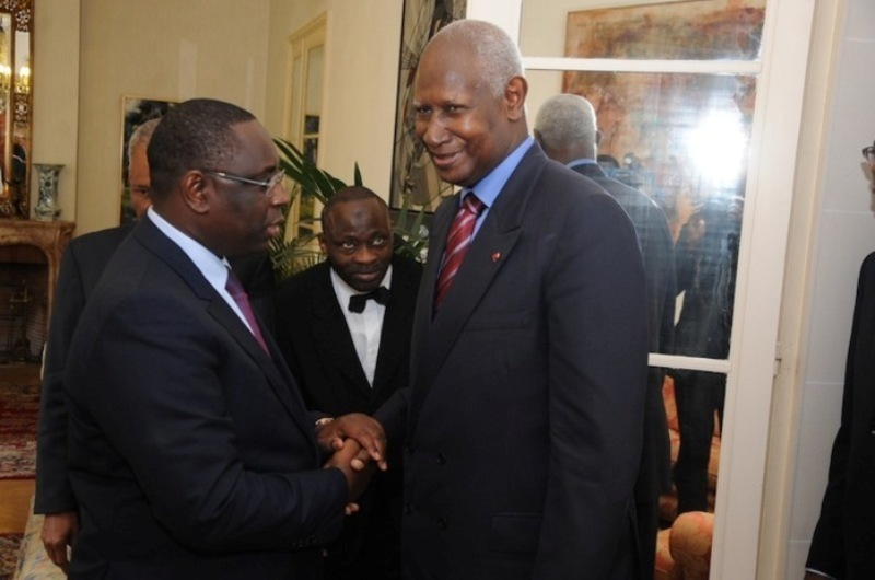 Ecartant Wade, Macky Sall tresse des lauriers à Abdou Diouf