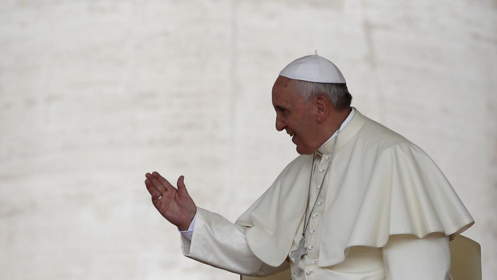 Le pape François reçoit ce dimanche 8 juin au Vatican les présidents Mahmoud Abbas et Shimon Peres. REUTERS/Tony Gentile