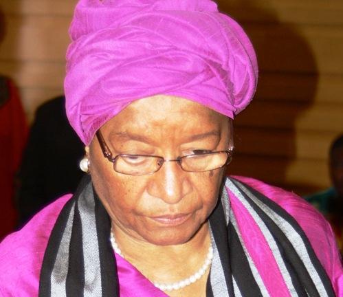 """Ellen Johnson Sirleaf sur le scandale du MAEP : """"On ne peut licencier un comptable à quelques jours de la paie"""""""