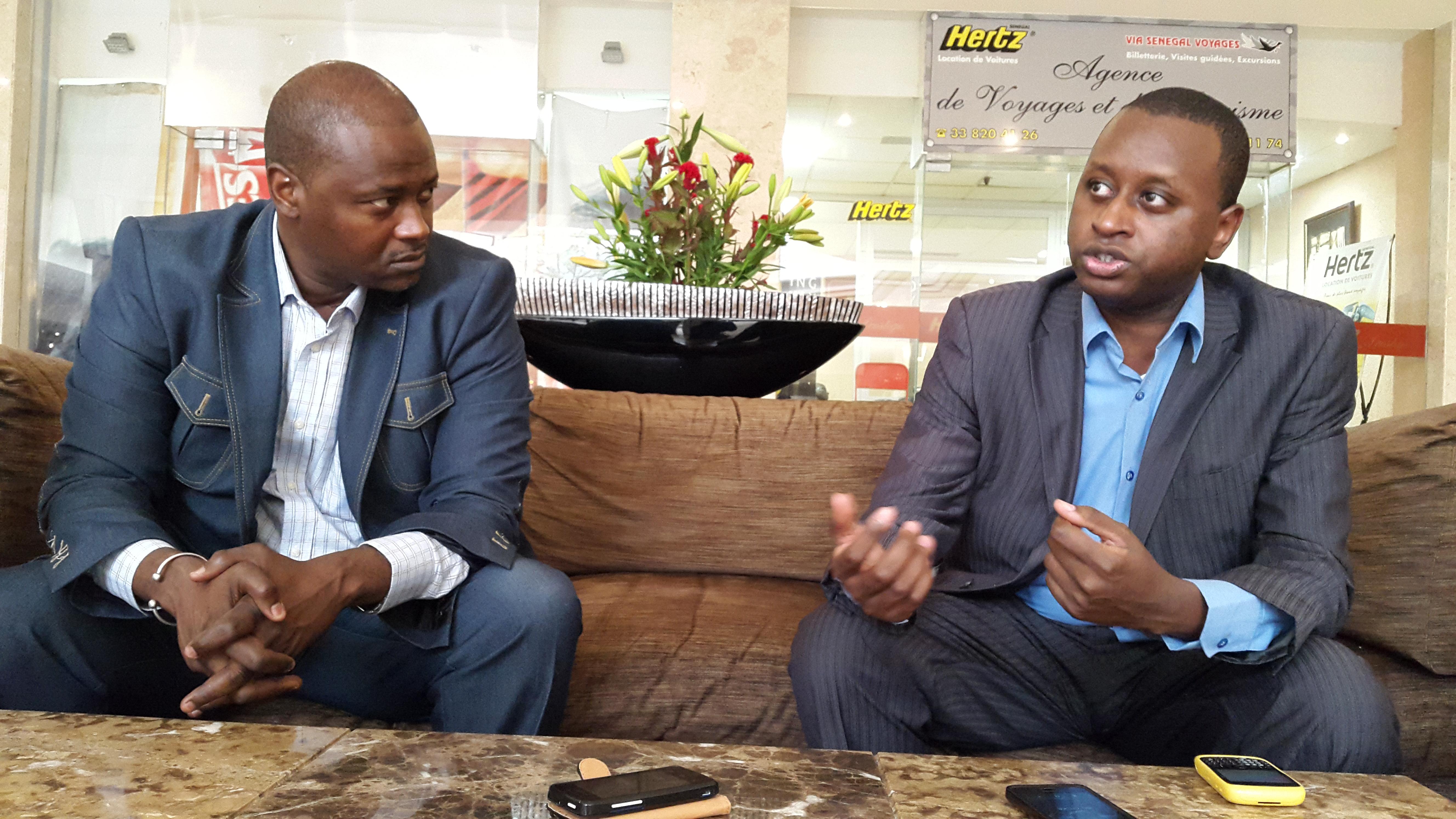 Son excellence Ambassadeur Assane Diallo, représentant du NEPAD à Dakar et M. Abdou Salam Bello, chef de la direction de coordination du Nepad (gauche)