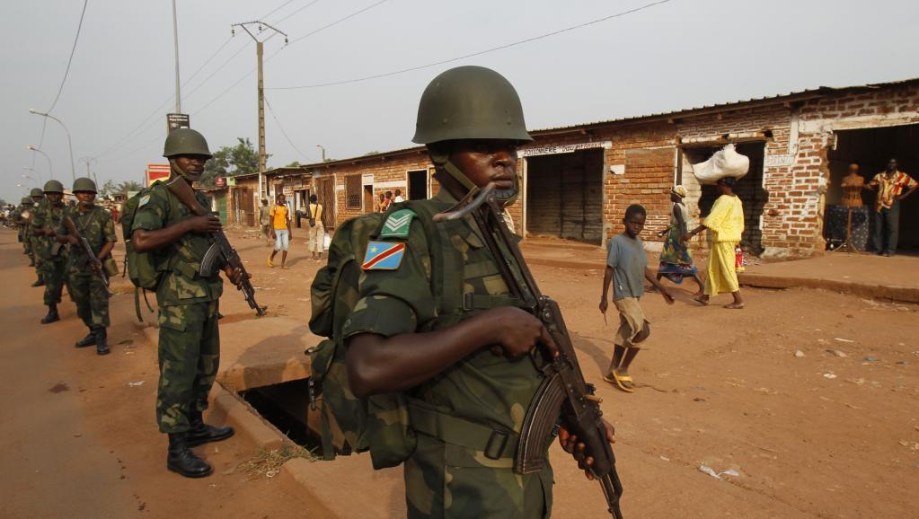Des soldats congolais membres de la force africaine en République centrafricaine. Bangui, le 12 février 2014. REUTERS/Luc Gnago