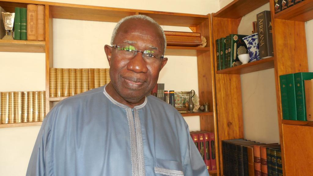 Le professeur Iba der Thiam, historien et auteur du livre « Le Sénégal dans la Guerre 14-18 ». RFI/Bineta Diagne