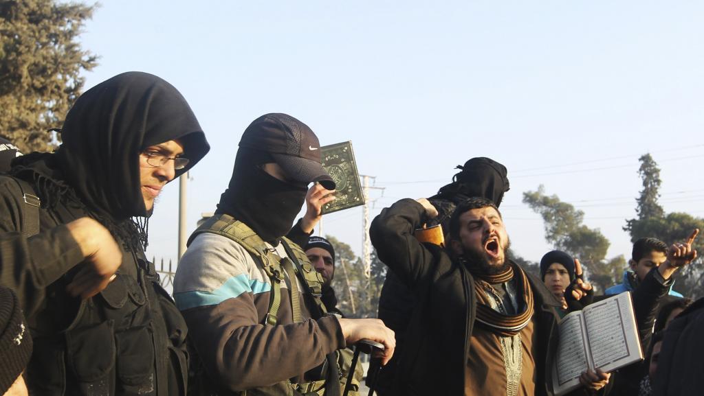 Syrie: 2400 jihadistes venus de Tunisie combattent avec les rebelles