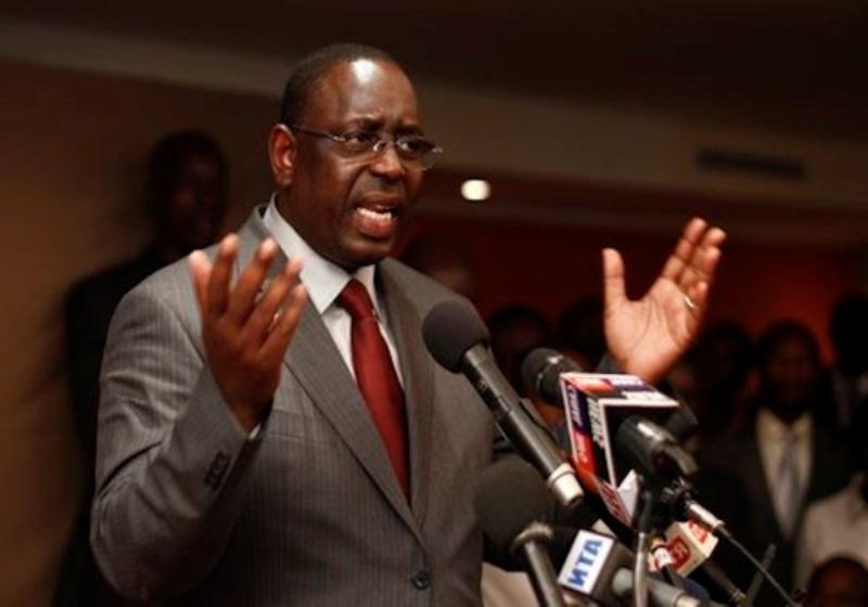 Pour « garder » Touba, Macky lâche Moustapha Cissé LO : « Le parti va prendre ses responsabilités », dit le président