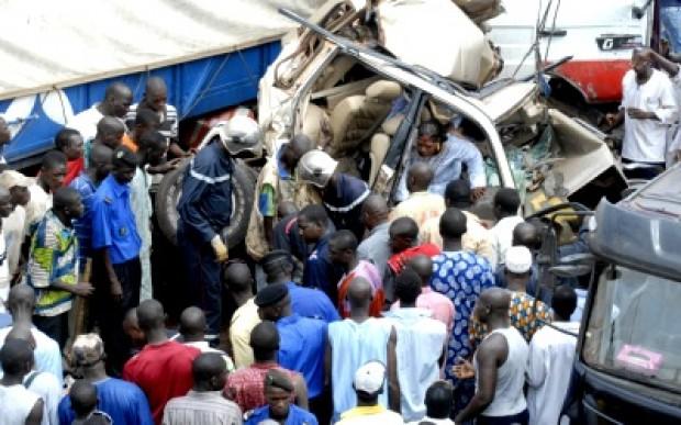 Carnage sur nos routes: 8 morts dont un bébé de 18 mois écrasé par une camionnette, ce vendredi