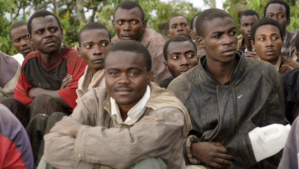La reddition des soldats du M23 en novembre 2013 REUTERS/Kenny Katombe