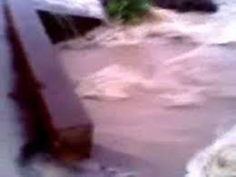 SOS à Matam-80 mm de pluie et ce sont les inondations: trafic routier interrompu, maisons et pont sous les eaux
