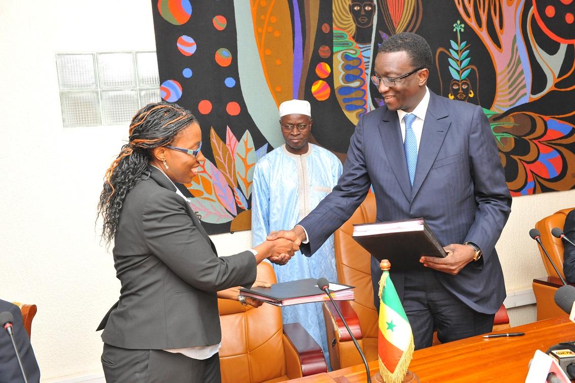 La Banque mondiale accorde 8 milliards de F CFA pour la santé de la mère et de l'enfant,...