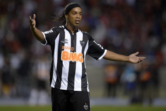 CDM- Brésil : Ronaldinho veut des guerriers samedi pour affronter les Pays-Bas