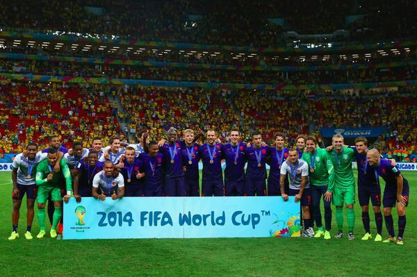 CDM 3ème place: le Brésil encaisse 3 buts contre les Pays Bas et termine 4ème, Van Persie 2e (P), Blind 16e, Wijnaloum 90e