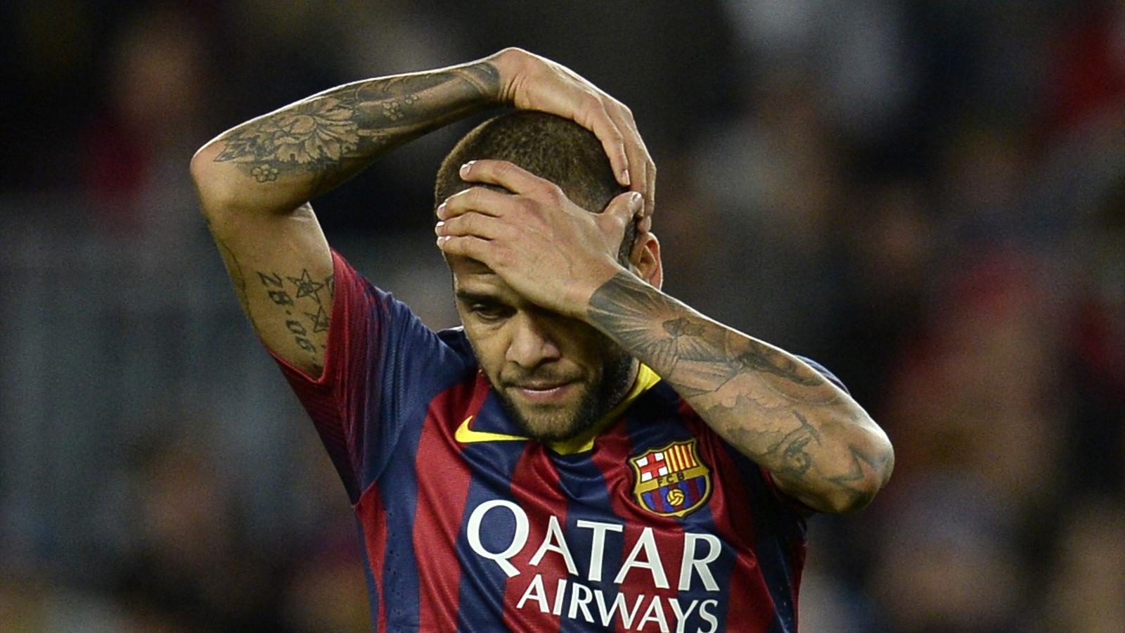 Transferts : Daniel Alves ne se cache plus, il souhaite rester à Barcelone