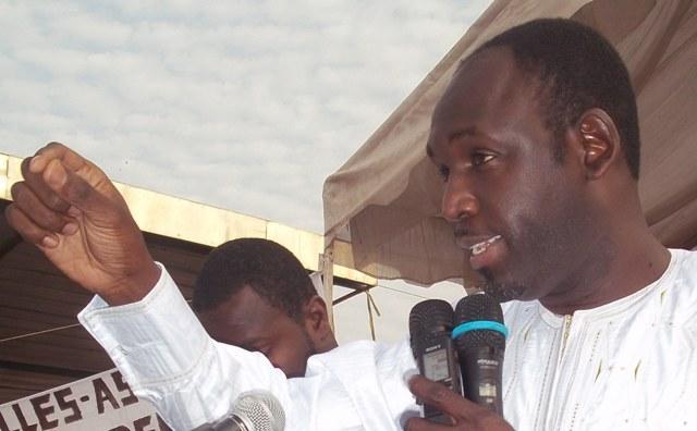 Adama Faye au chevet de sa soeur, la première dame et clashe Mbagnick Ndiaye