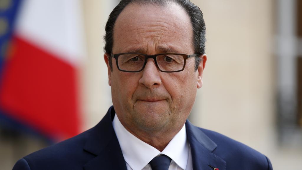 François Hollande, ici le 25 juillet, est plus qu'attendu aux Comores, la dernière visite d'un président français dans l'archipel date d'il y a 24 ans. Reuters/Benoit Tessier