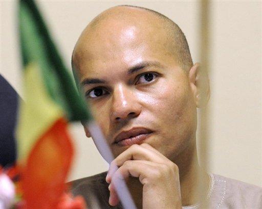 MLK en déplacement à TOUBA pour exposer la situation des Karim Wade au Khalife générale