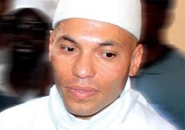 LIVETWEET-Procès Karim WADE : Constitution ou non des avocats anciens agents de l'Etat ?