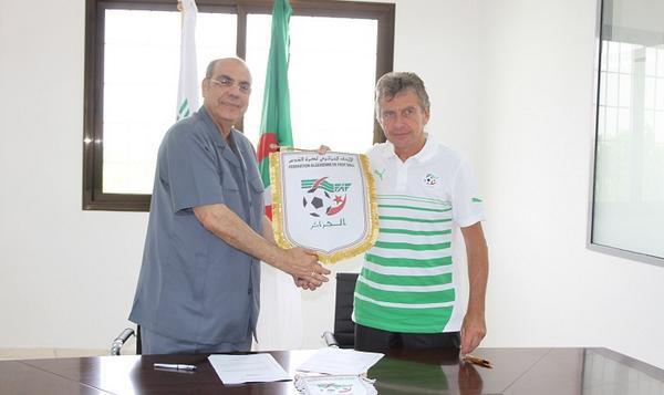 Christian Gourcuff nommé sélectionneur de l'Algérie