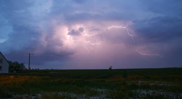«Activités pluvio-orageuses sur l'Est, le Sud et le Centre », ANACIM