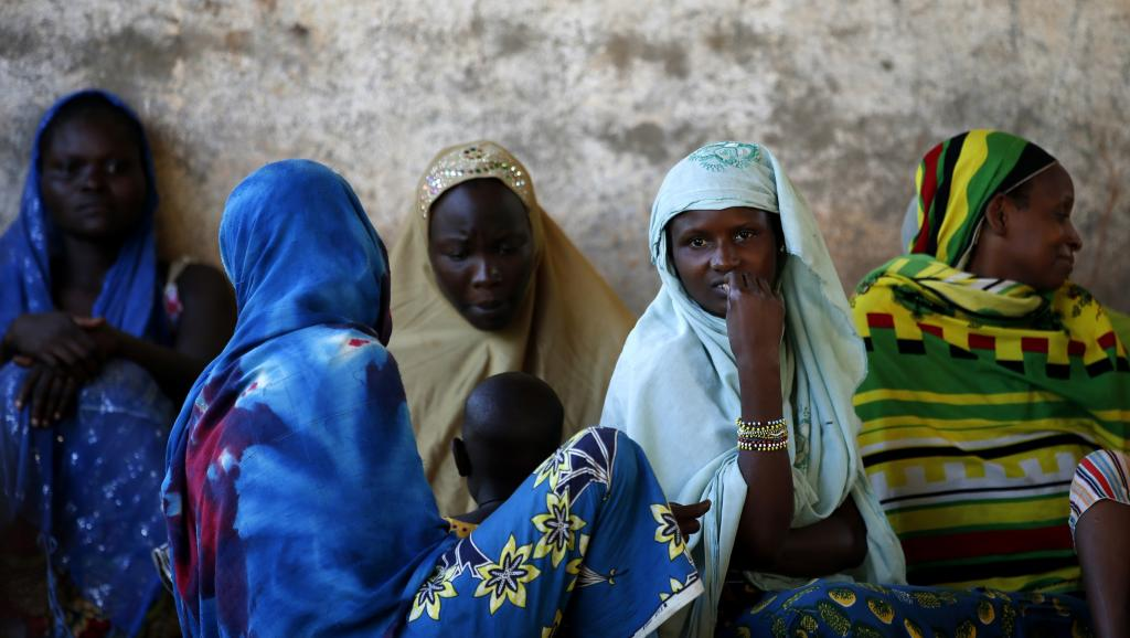 Des femmes déplacées de Bangui et qui se trouvent à Bambari (centre du pays), le 16 juin 2014. REUTERS/Goran Tomasevic