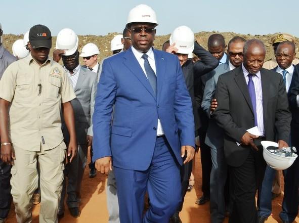 Sommet de l'OIF : Macky Sall joue les inspecteurs et fait une visite surprise sur le chantier de King Fahad palace