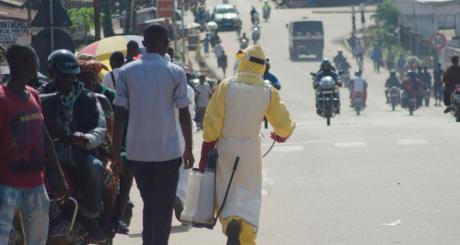 La peur d'Ebola installe la méfiance dans la Banlieue Dakaroise