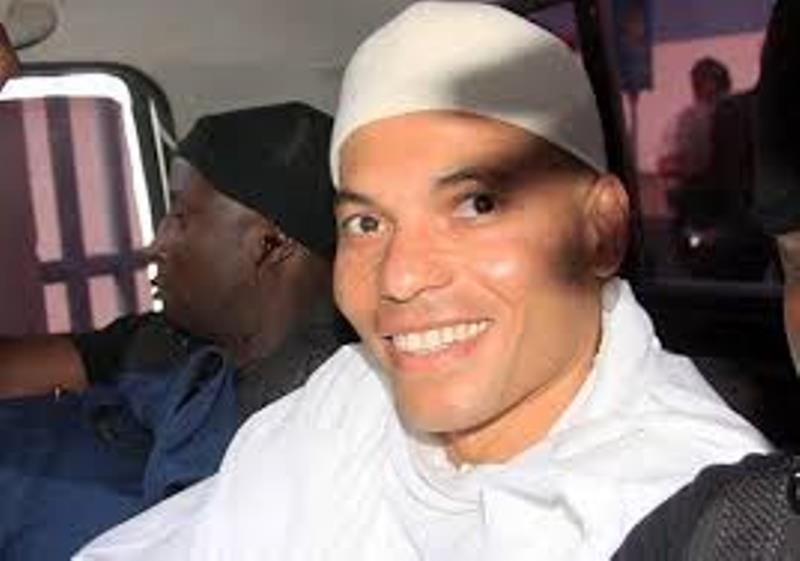 """Karim à ses militants: """"Nous vous retrouverons bientôt dehors"""""""