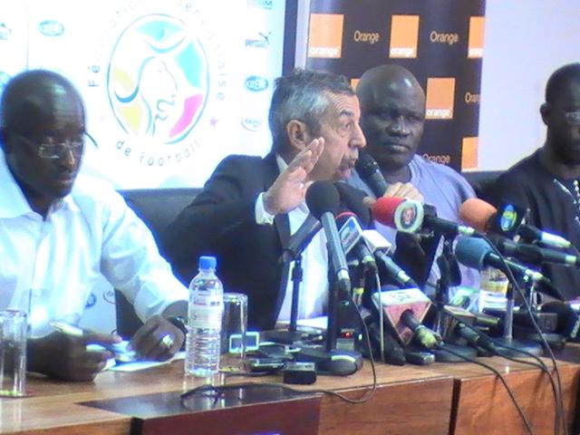 Qualifications CAN 2015- Alain Giresse : « Les joueurs locaux n'ont pas le niveau international »