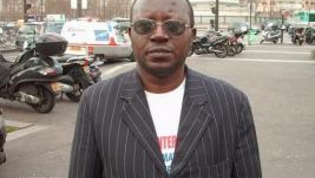 Affaire Chebeya: les parties civiles attaquent sur deux fronts, plainte à Dakar