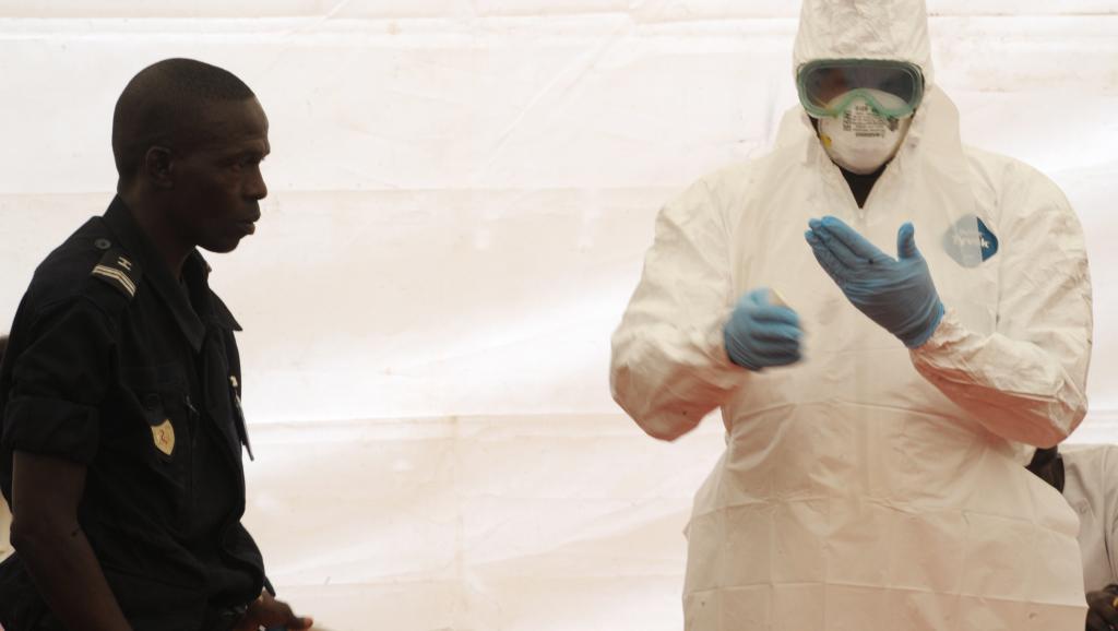Après un premier cas avéré d'Ebola, le Sénégal se veut rassurant