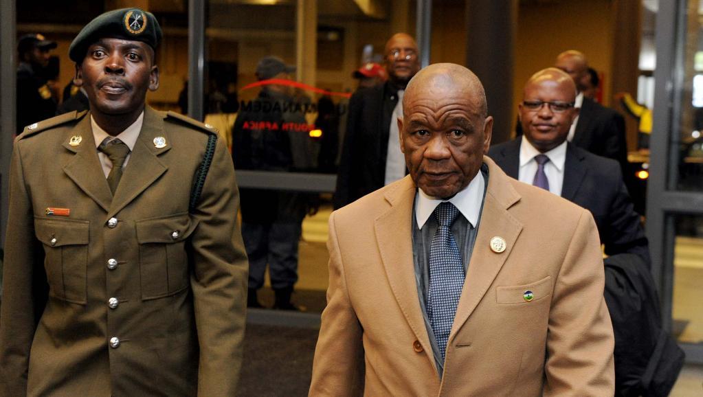 Le Premier ministre du Lesotho, Thomas Thabane, au Soccer City stadium de Johannesbourg, pour la cérémonie d'hommage à Nelson Mandela, le 10 décembre 2014. AFP Photo / GCIS / ELMOND JIYANE