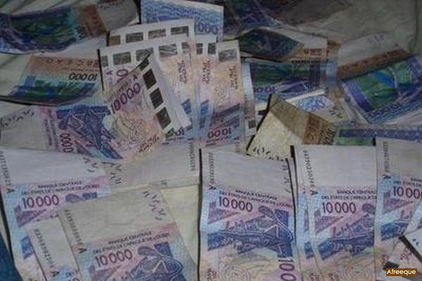 Rapport 2013 sur le blanchissement d'argent : 24 dossiers confiés au procureur de la République