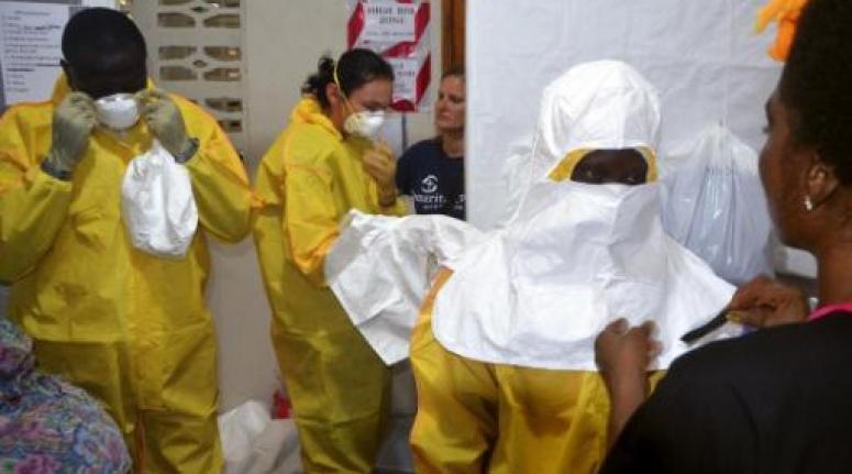 Ebola en Afrique de l'Ouest : l'UE vient en appoint aux pays affectés avec 92 milliards