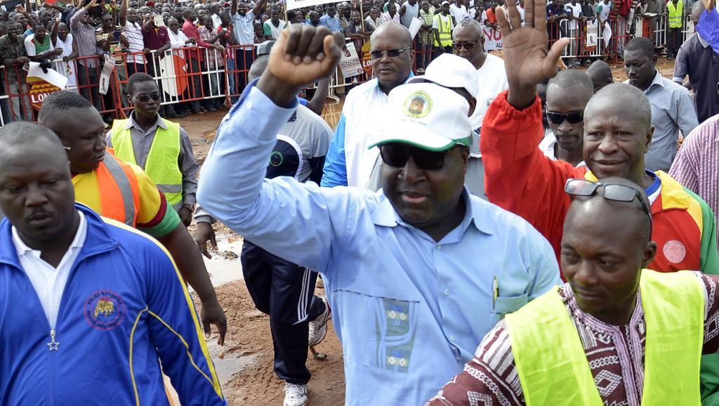 Zéphirin Diabré, le leader de l'UPC, lors d'une manifestation contre le référendum, à Ouagadougou le 23 août 2014. AFP PHOTO/AHMED OUOBA