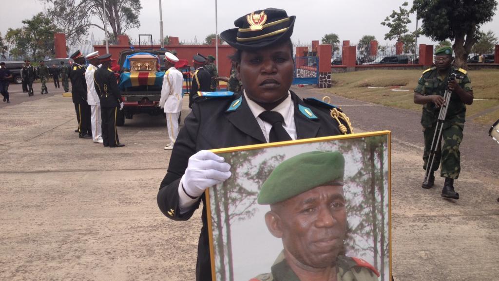 RDC: hommage solennel au général Bahuma