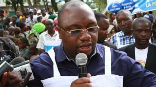 Le ministre congolais de la santé Félix Kabange Numbi annonce que la RDC s'est donné 45 jours pour stopper la retransmission du virus Ebola.