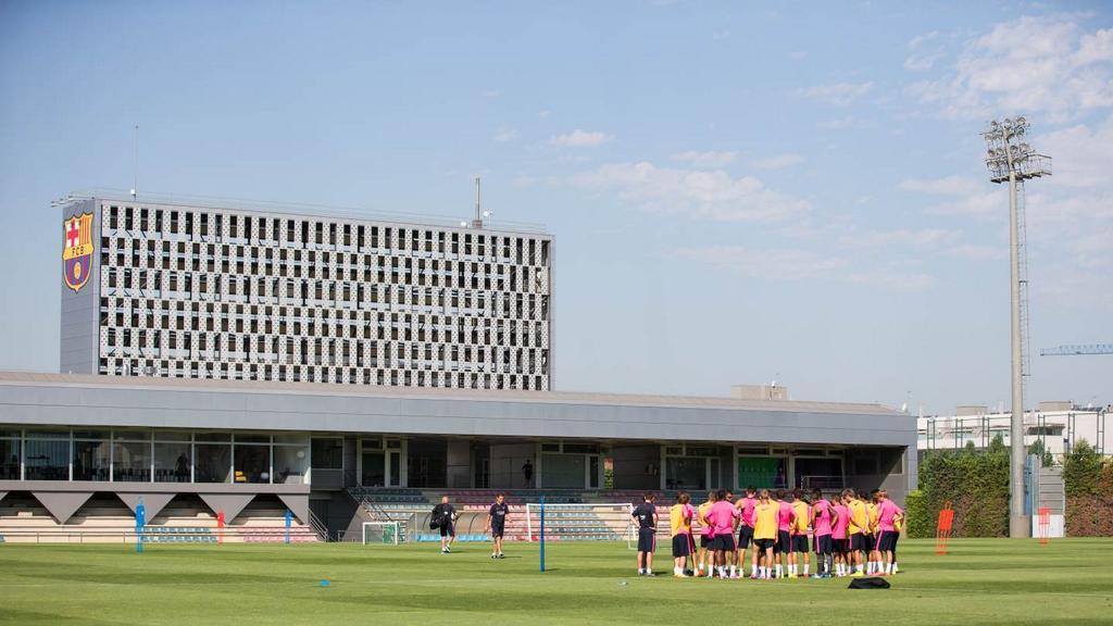 Espagne - Le Barça renomme son terrain d'entraînement pour Vilanova