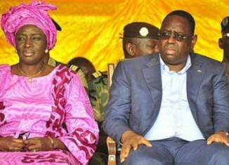 """L'ex premier ministre Aminata Touré dit """"oui"""" à Macky Sall"""