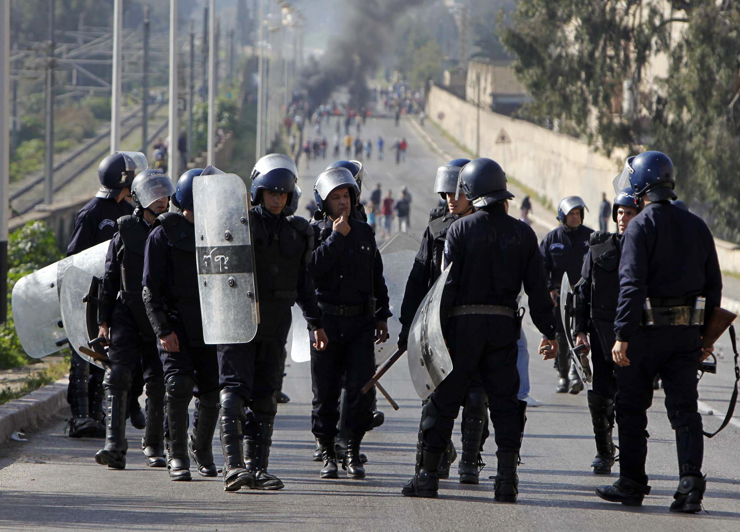 L'Afrique, terre d'expression de la « cruauté des entreprises chinoises » par des instruments anti-émeutes