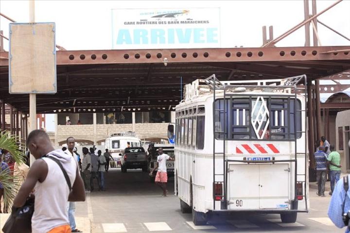 Tabaski 2014 Gare Baux Maraichers - horaires : Les chauffeurs chauffent et bloquent le trafic au Sénégal