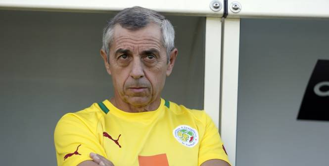 CAN 2015- Sénégal-Tunisie :  Alain Giresse n'exclut pas de modifier sa stratégie, en raison des forfaits