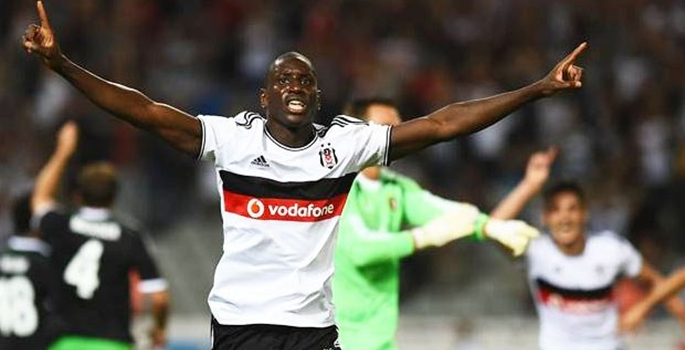 Europa League : Demba Ba ouvre son compteur but