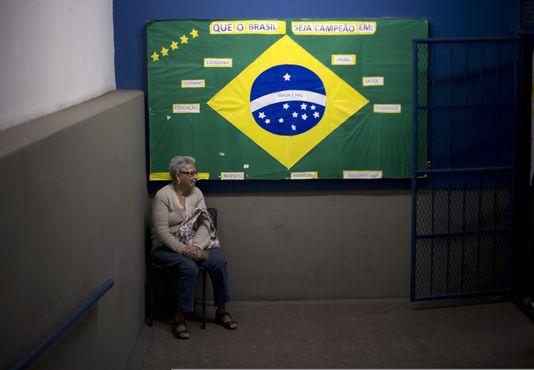 Les Brésiliens ont commencé à voter