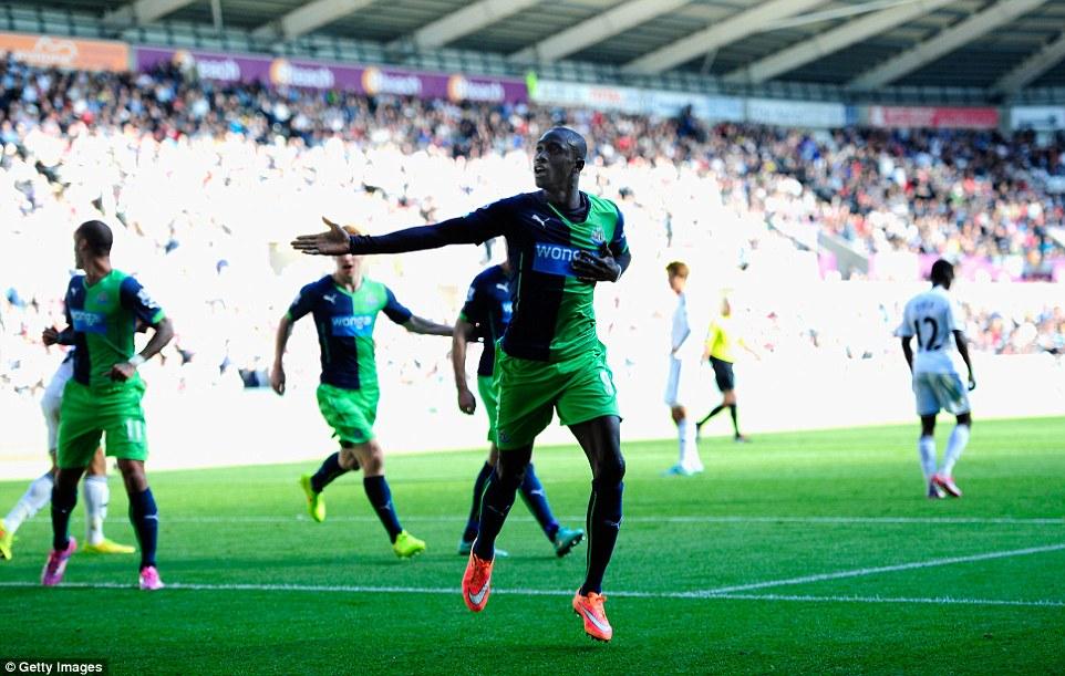 Premier League : Week-end faste pour Diafra Sakho et Papiss Cissé