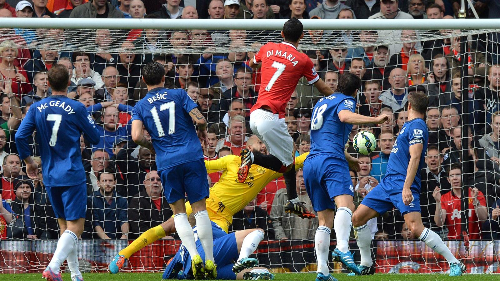 Manchester United - Everton : Manchester United ne rassure toujours pas mais au moins enchaîne
